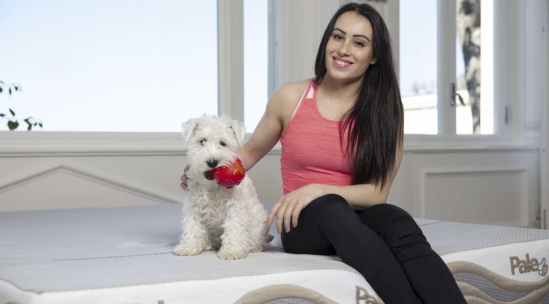 Vanessa Ferrari e il suo cane su Pale